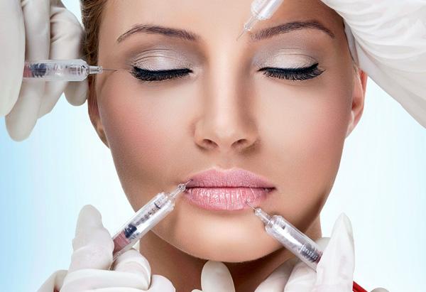 Voyons s'il est judicieux de comparer le Botox et l'acide hyaluronique, quels sont leurs effets et s'ils peuvent être combinés ...